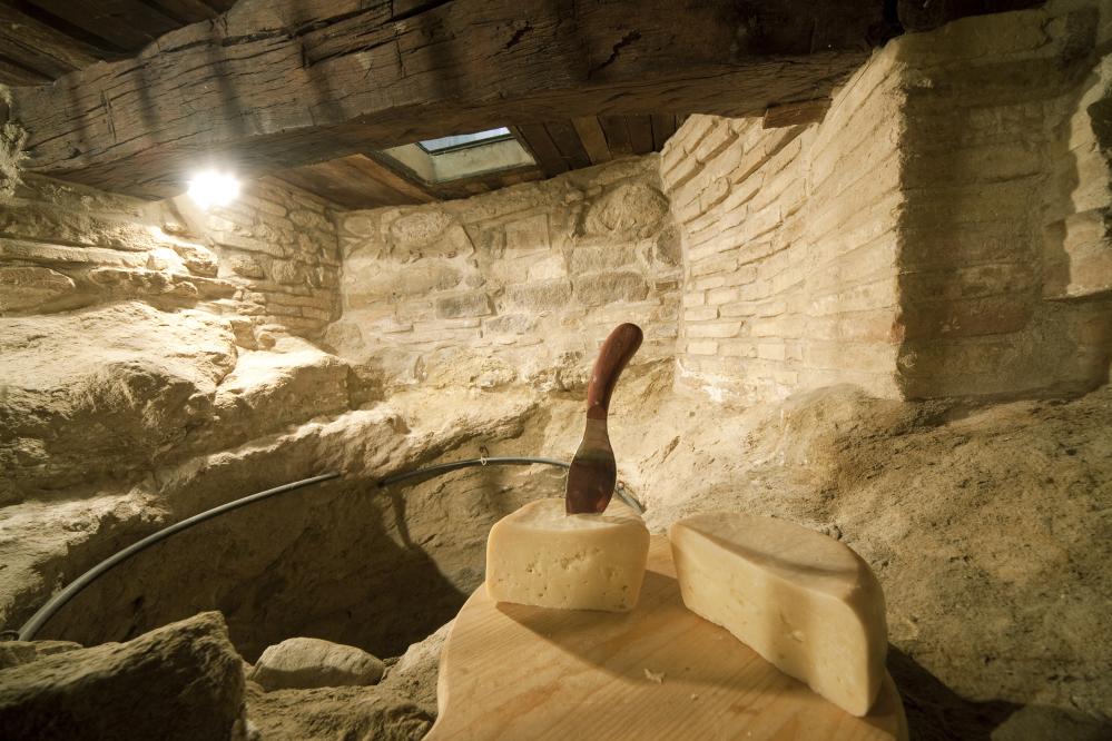 L'Ambra di Talamello, formaggio di fossa