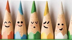 matite da disegno con faccine sorridenti